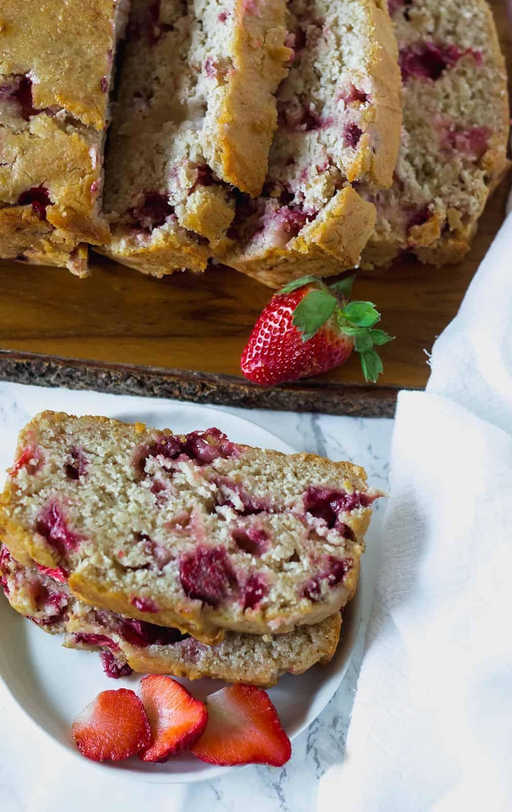 Strawberry Banana Bread (Vegan, Gluten-Free)