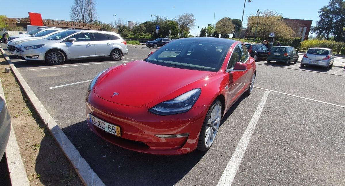 falha no Tesla