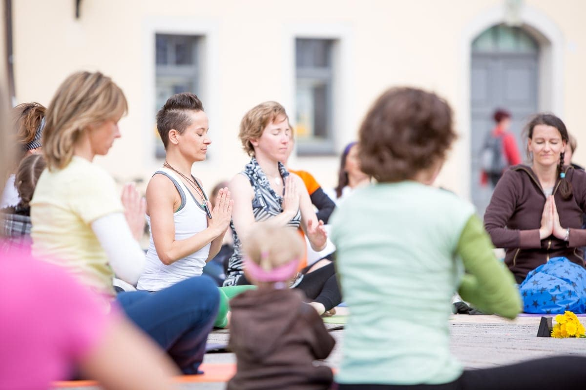 Yoga Flashmob, Fotograf Freiberg, Businessfotografie-21