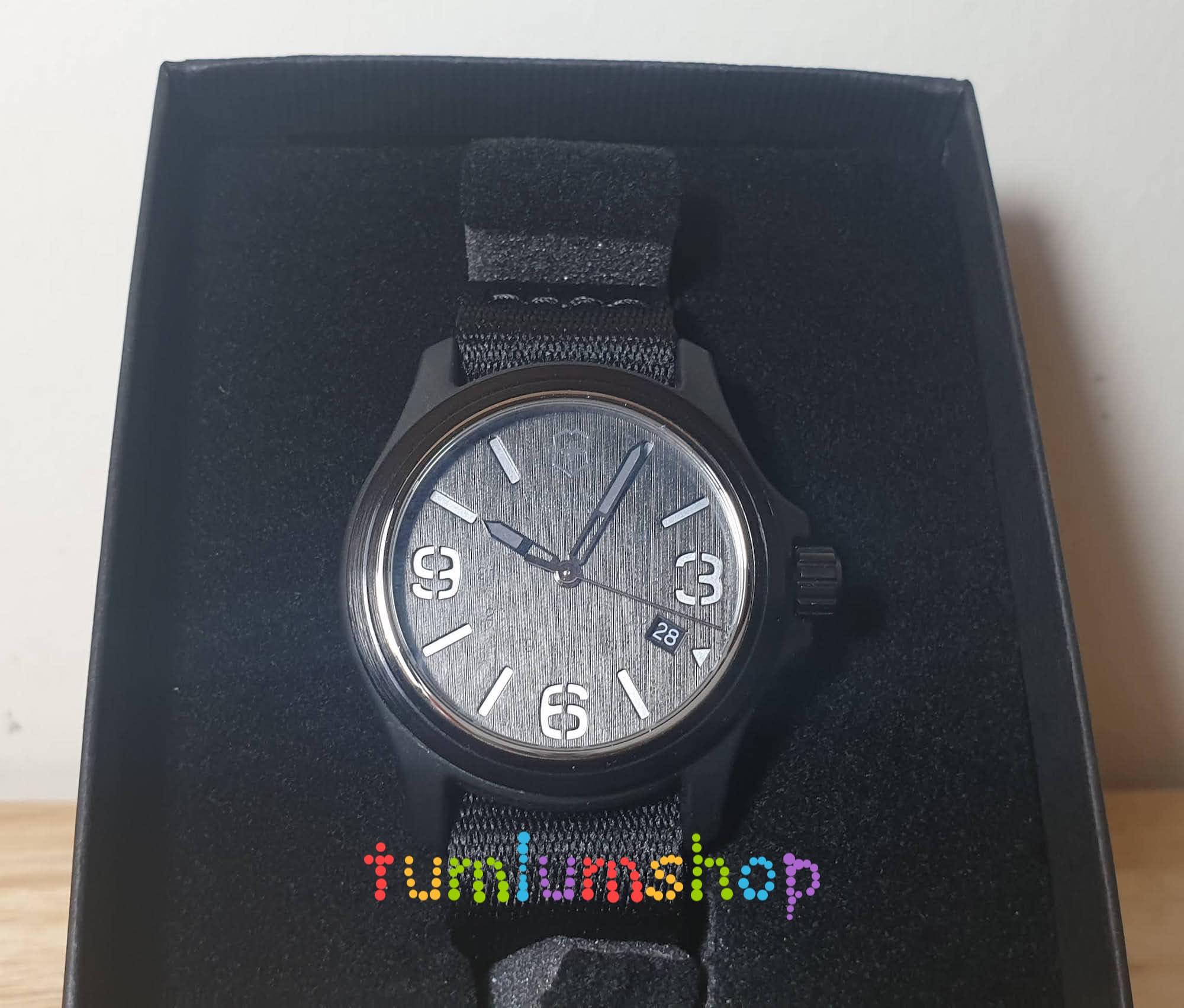 Đồng hồ quân đội Victorinox Swiss Army 241517