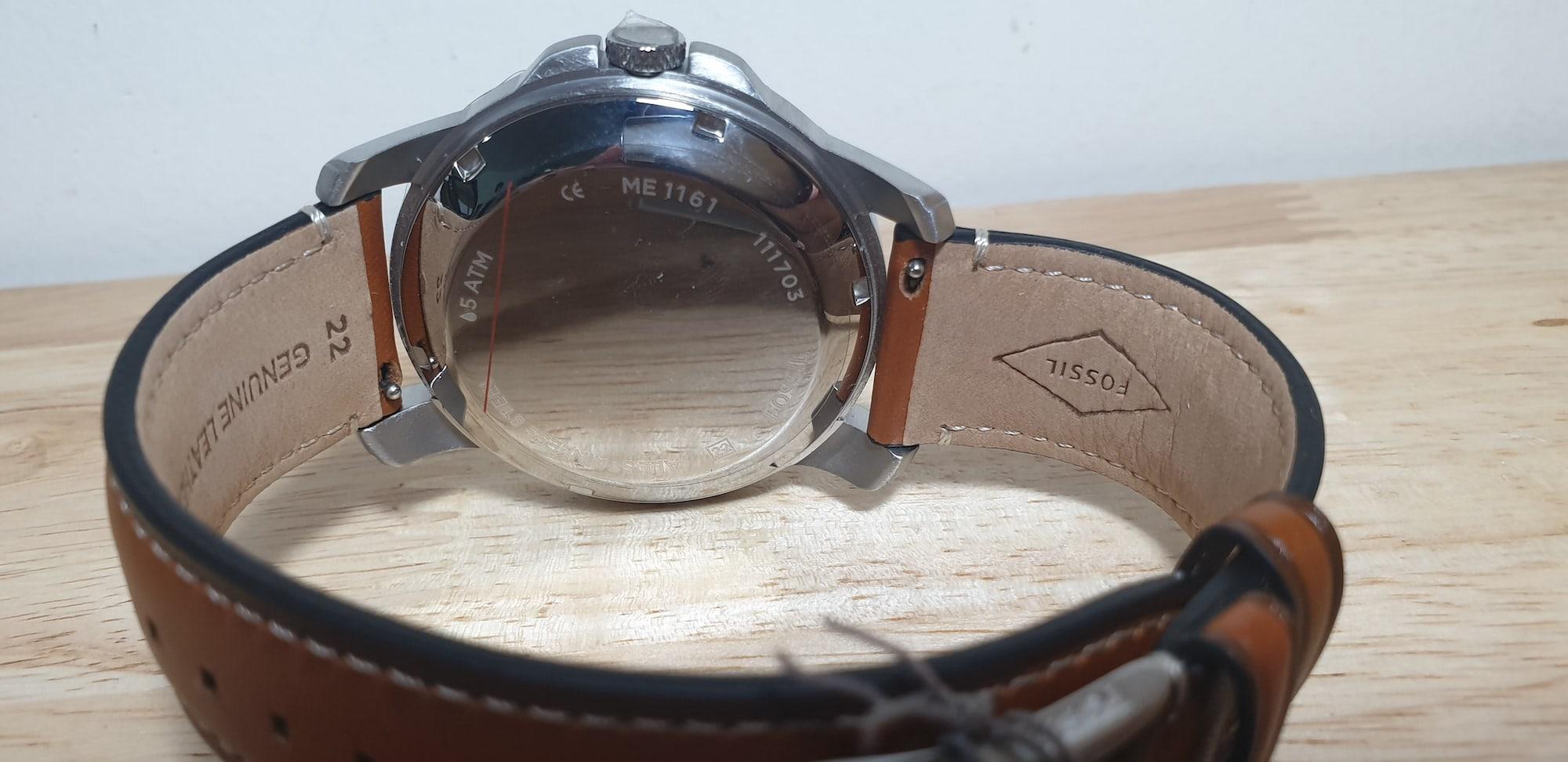 Đồng hồ máy cơ kết hợp máy pinFossil ME1161