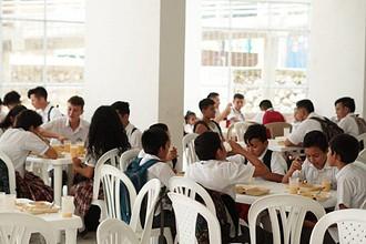 Photo of Estudiantes de colegios públicos de Yopal regresaron a clases con servicios de la canasta educativa garantizados