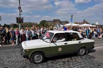 ddr police car