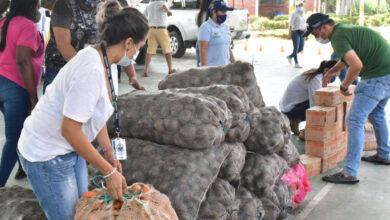 Photo of Familias vulnerables del corregimiento de Tacarimena recibieron una ayuda humanitaria