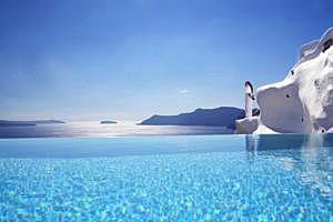 Santorini_luxury_hotel2