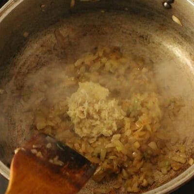 コリアンダーチキンカレーにんにく、生姜追加
