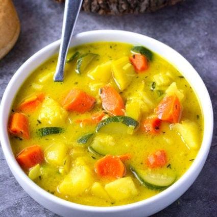 Vegan Potato Leek Carrot Soup