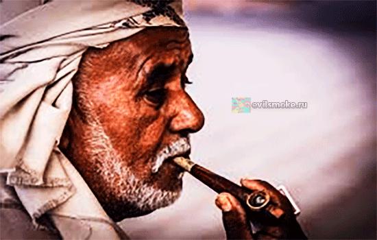 Фото - Дедешку курит трубку