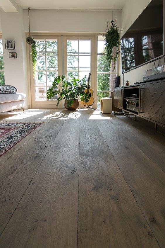 Verouderde planken eiken vloer
