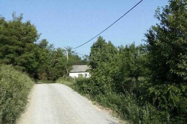 участок со старым домом в селе Вочняк