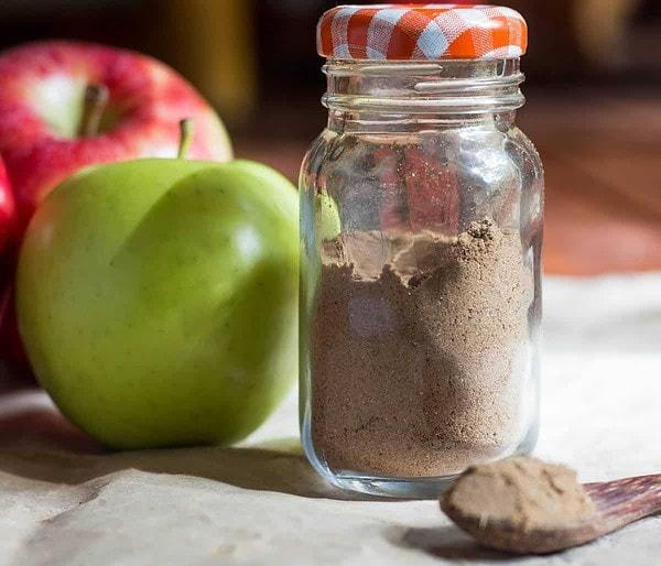 Jar of Apple Pie Seasoning