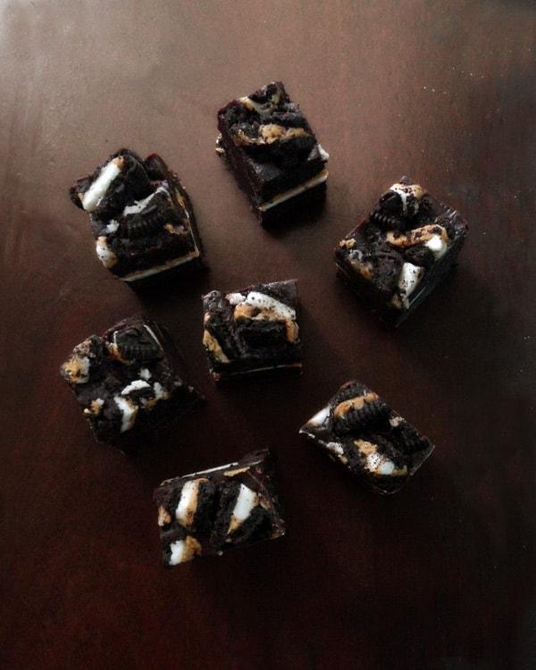 Seven Chocolate Oreo Fudge Pieces
