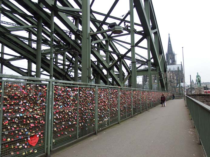 Cologne City Guide travel information tips and advice