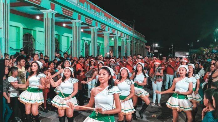 Desfile de Navidad 2019 en San Agustí Acasguastlán