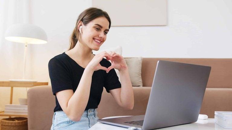 melhor-curso-ingles-online-da-internet-para-fazer-em-casa-min-min
