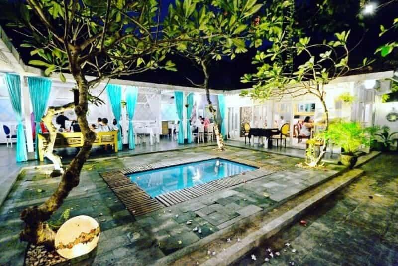 six senses bali, abhayagiri restaurant, mediterania jogja, le travail coffee, yogyakarta kitchen, tempat surprise ulang tahun di jogja, restoran western di jogja,