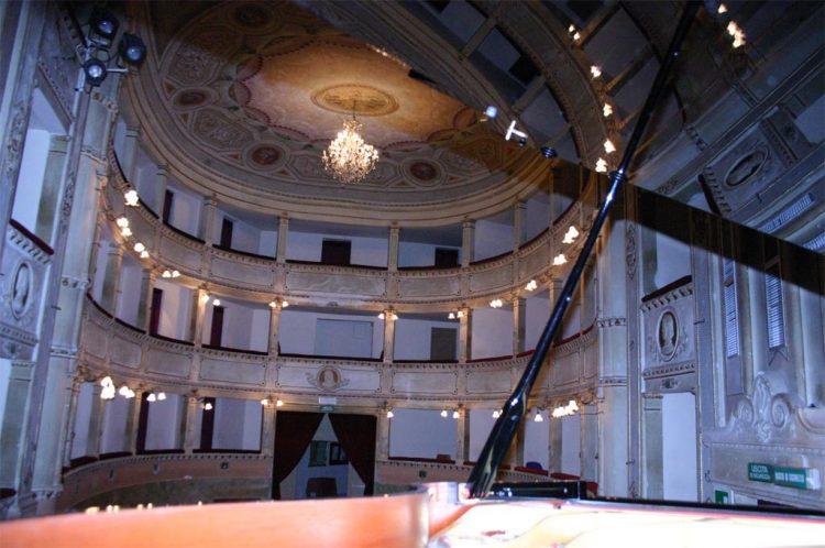 interno-teatro-anghiari-teatro-comunale-dei-ricomposti-21