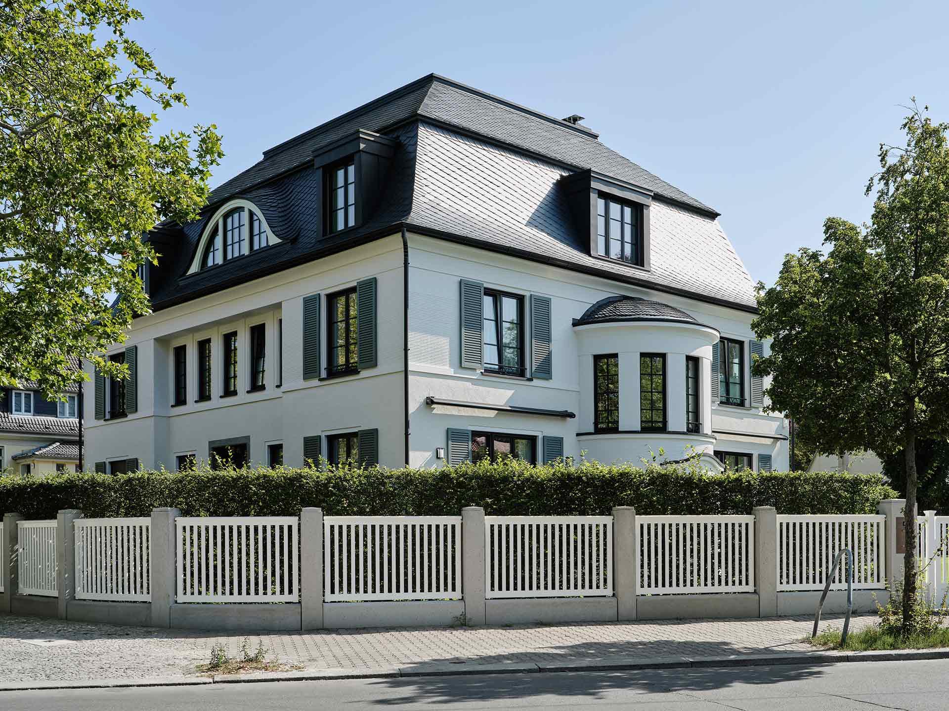 Berlin-Westend Preussenallee Fassade Ecke