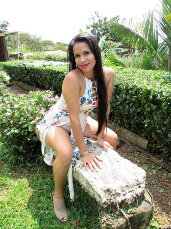 Meet Costa Rican Girl