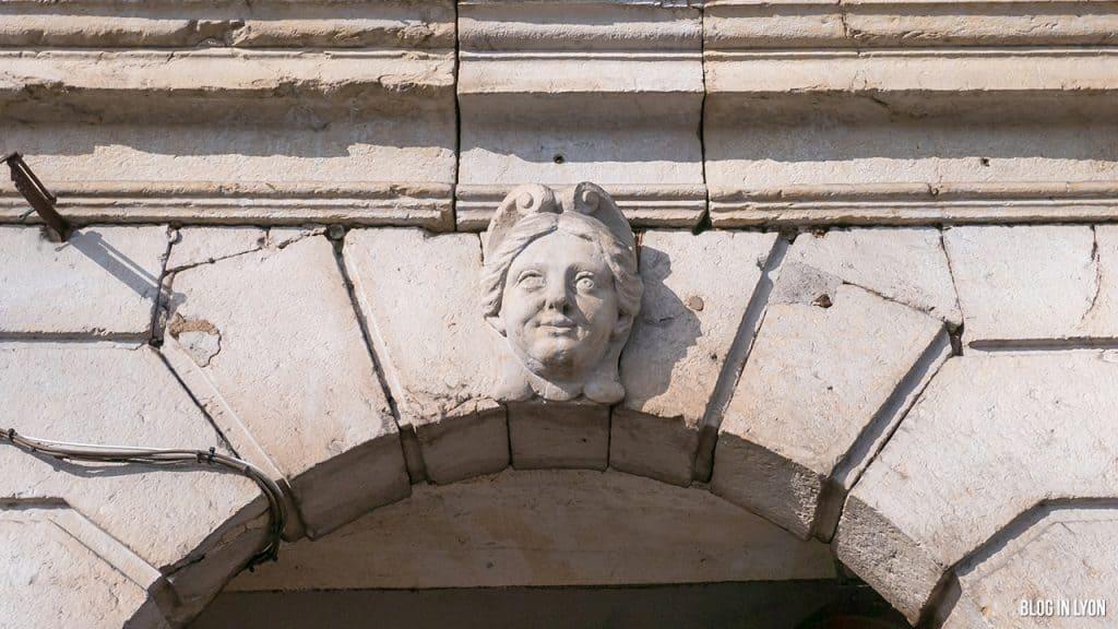 Les traboules du Vieux Lyon - 17 Quai Romain Rolland   Blog In Lyon