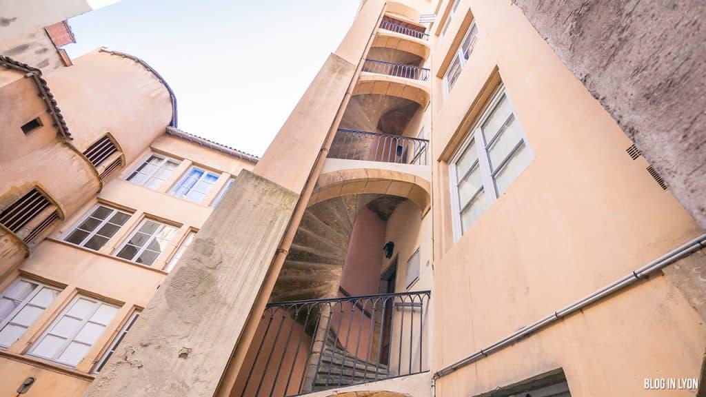 Les traboules du Vieux Lyon - Rue du Boeuf   Blog In Lyon
