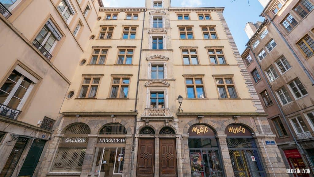 Visiter Lyon - Façade 5 Place du Gouvernement   Blog In Lyon