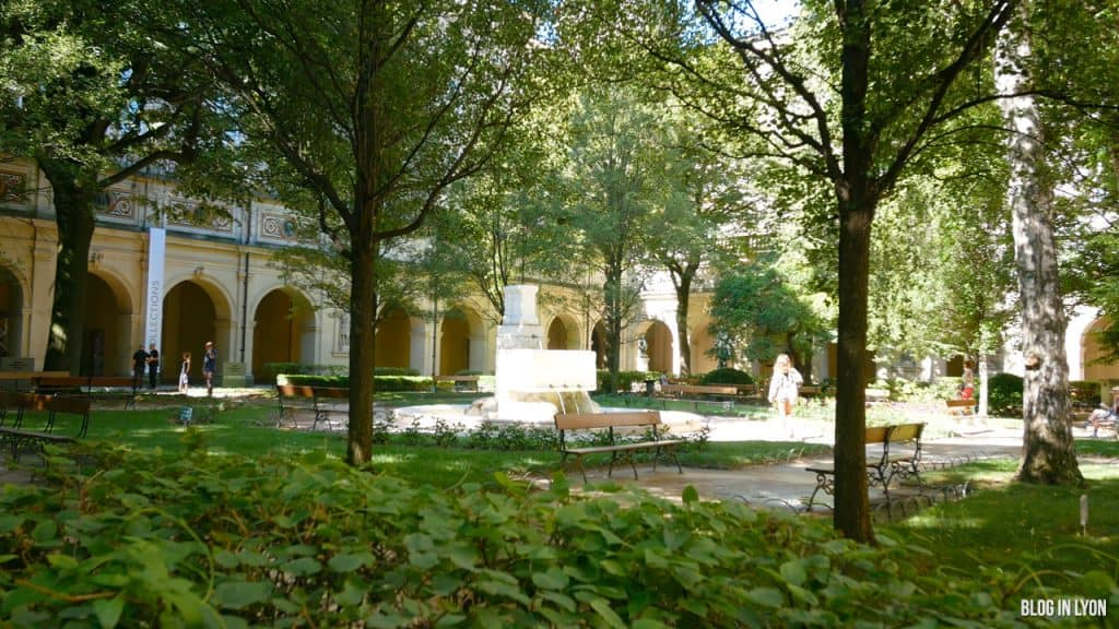 Visiter Lyon - Jardin Musée des Beaux-arts | Blog In Lyon