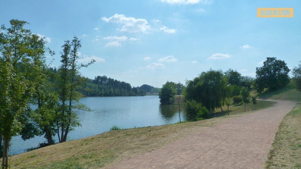 Lac des Sapins - Baignades autour de Lyon | Blog In Lyon