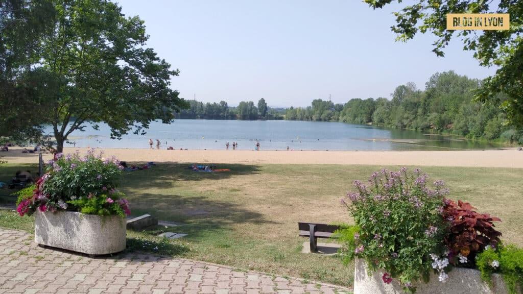 Idées Baignades proches de Lyon - Plan d eau de Bordelan | Blog In Lyon