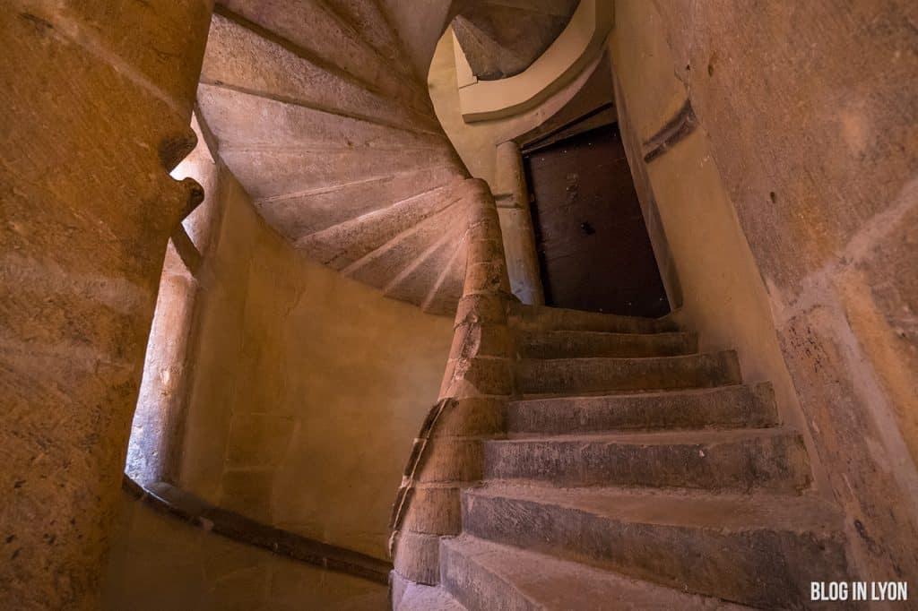 Secrets de Lyon - Escalier coquillage   Blog In Lyon