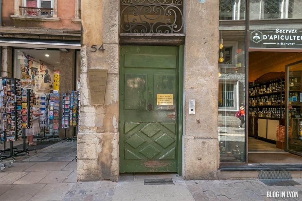 La Longue Traboule - Secrets de Lyon   Blog In Lyon