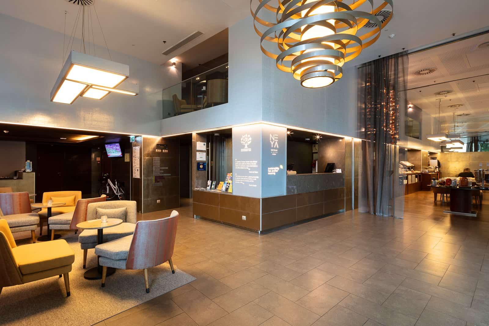 Lobby des Neya Eco Hotels in Lissabon