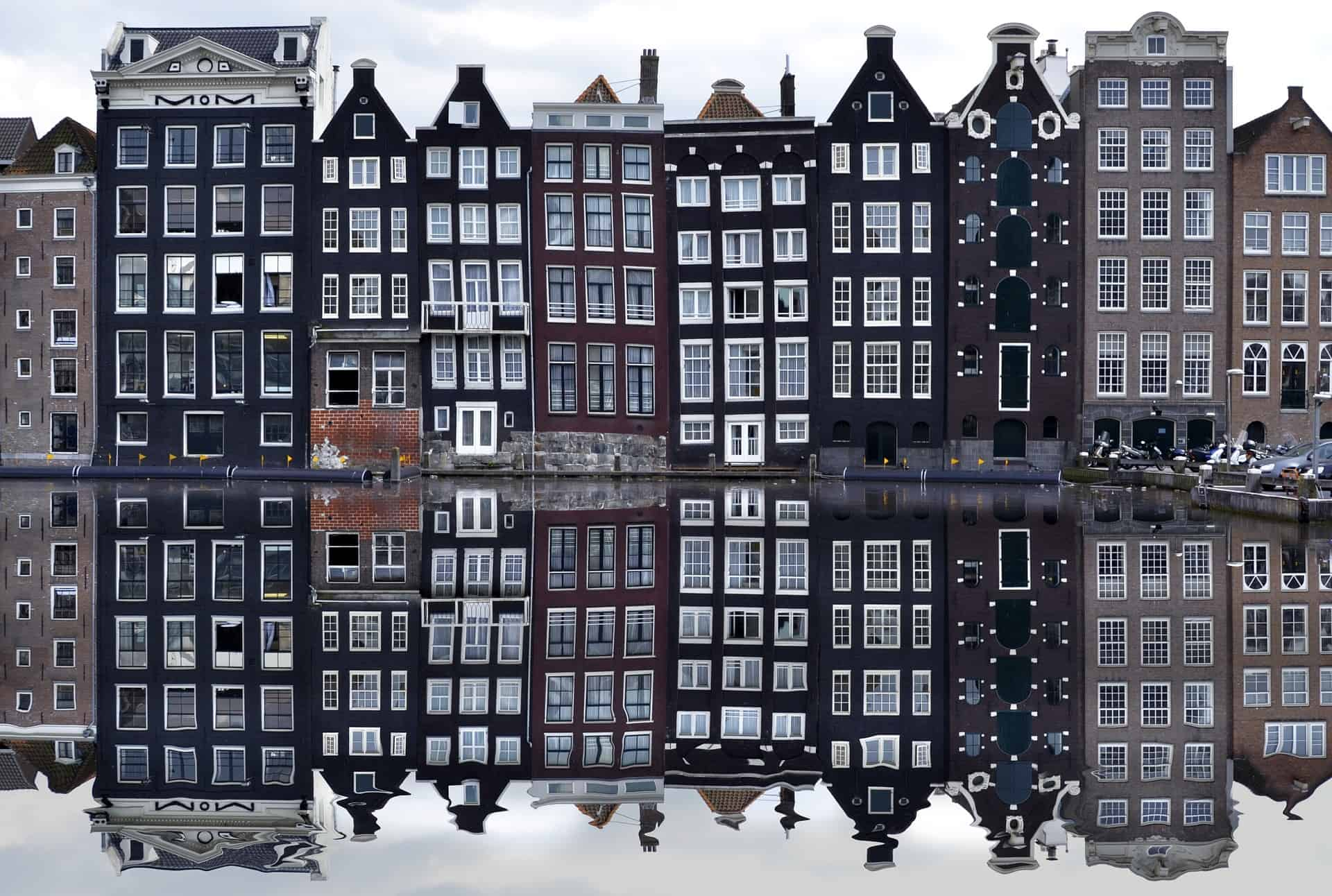 dinercruise-amsterdam-grachtenhuis-spiegeling