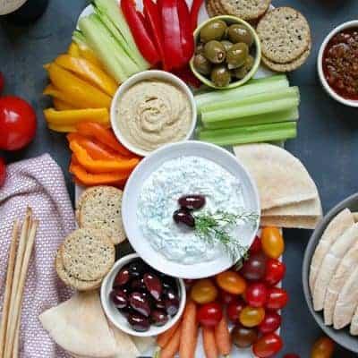 Greek Tzatziki Sauce with Vegetable Platter