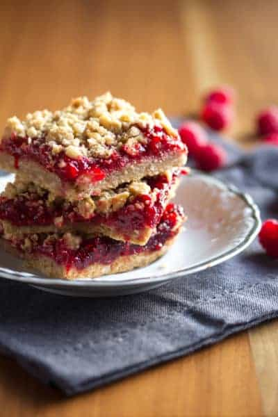 Raspberry-Rhubarb Crumble Bars