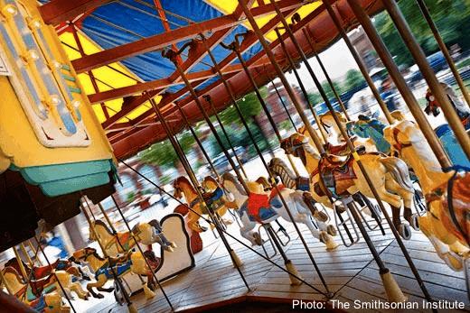 National-mall-carousel