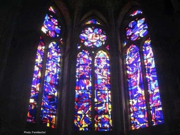 Knoebbel windows at notre dame cathedral, reims