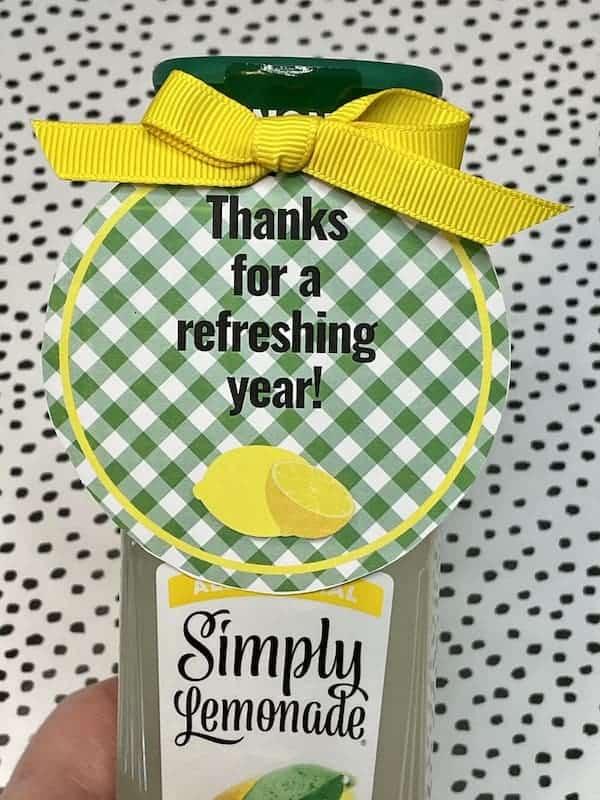 Lemonade Themed Thanks for a Refreshing Year Tag Set