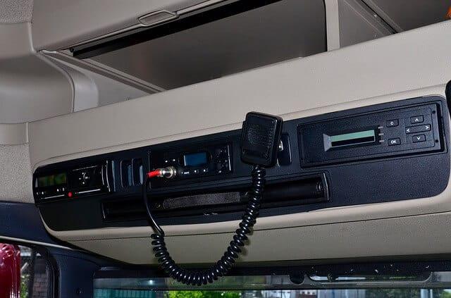 cabine de camion radio cb
