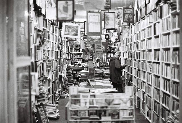Best Bookstores Boston, MA - Bill Lentis Media