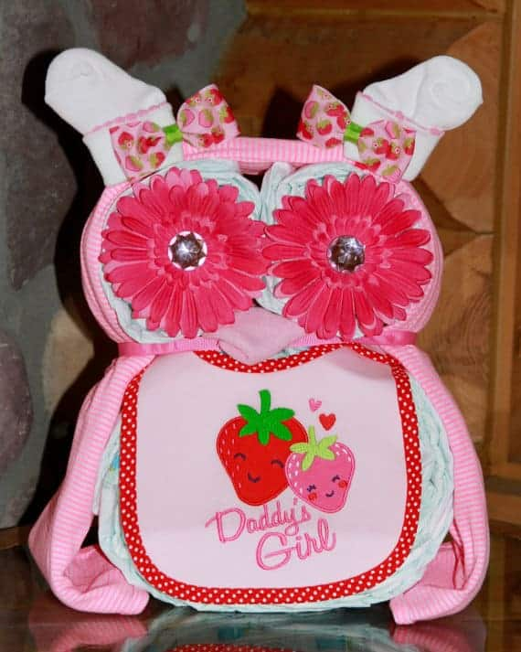Owl Diaper Cake. 15 Creative Diaper Cakes. Amazing Baby Shower Party Ideas and homemade gifts.