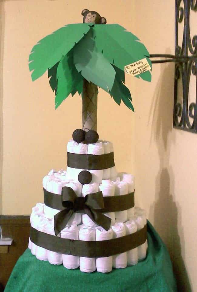 Tropical Palm Tree Monkey Diaper Cake. 15 Creative Diaper Cakes. Amazing Baby Shower Party Ideas and homemade gifts.