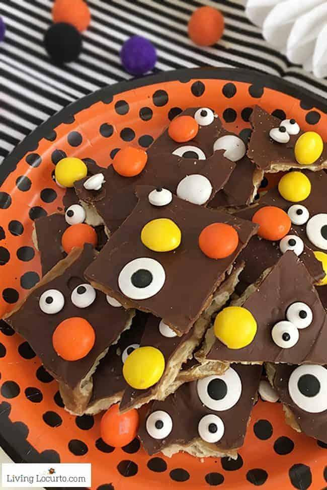 Halloween-Crack-Saltine-Toffee-Dessert-Recipe