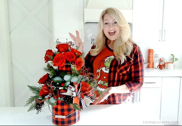 Easy Christmas Centerpiece by Amy Locurto Home Decorating Ideas