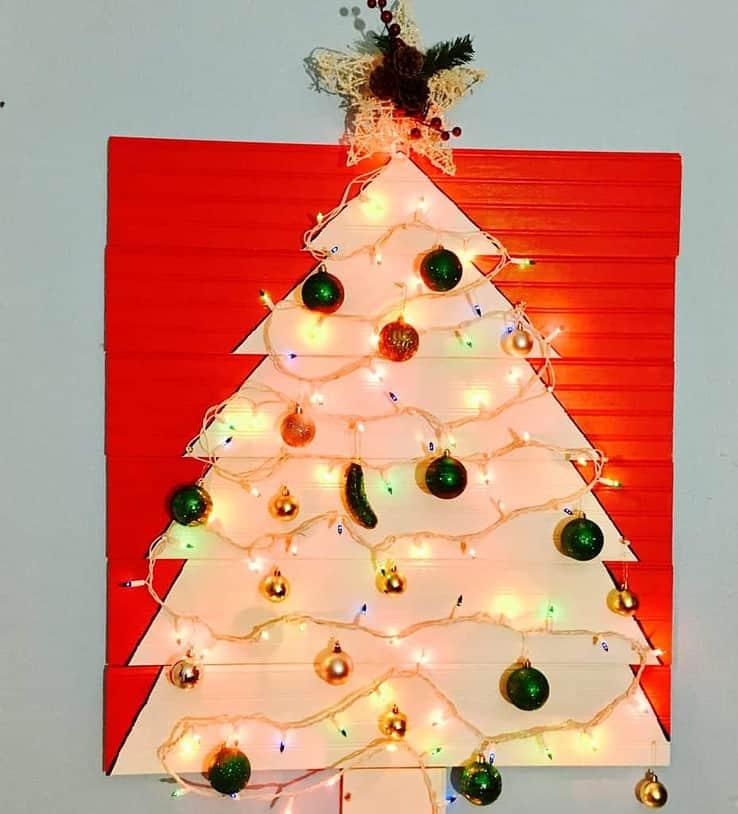 Wall mounted Christmas tree