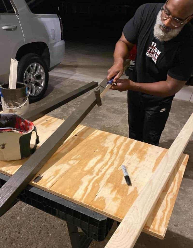 Making custom mounts for the exhaust fans
