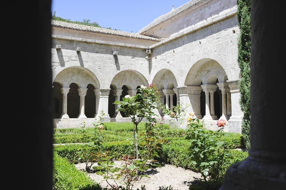 photo numérique nikon d700 abbaye de sénanque lubéron - 4