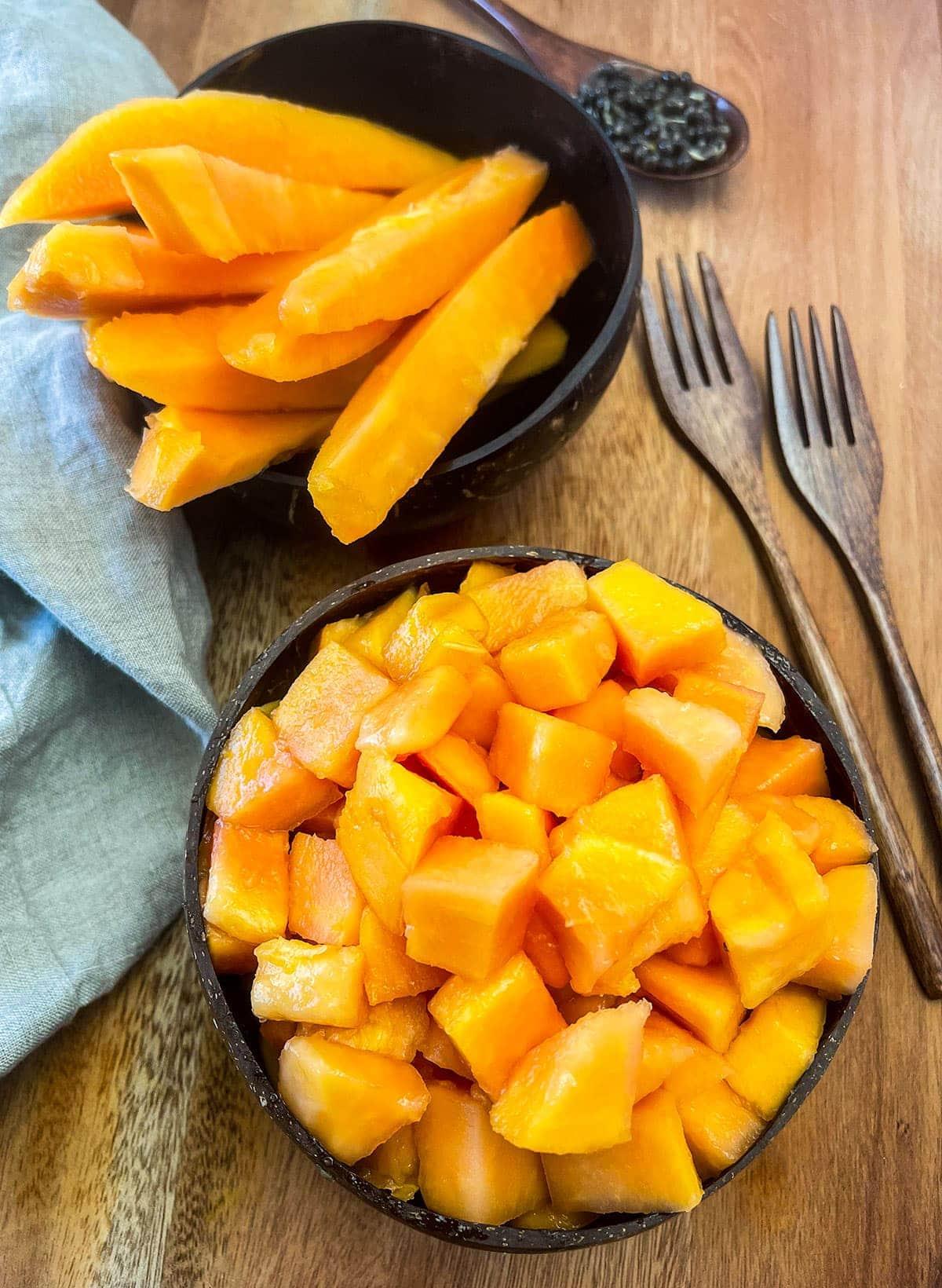 How To Cut A Papaya - Healthier Steps