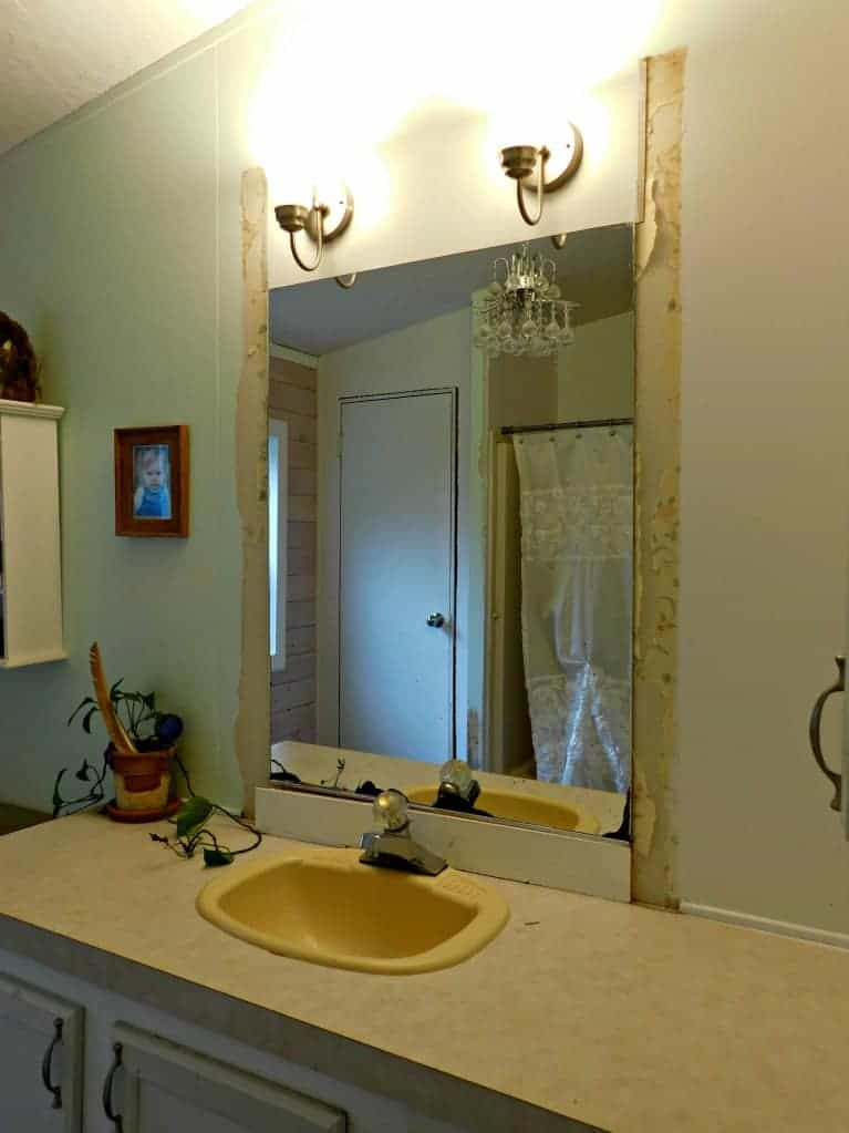 Easily And Safely Remove A Bathroom Wall Mirror That Is Glued On