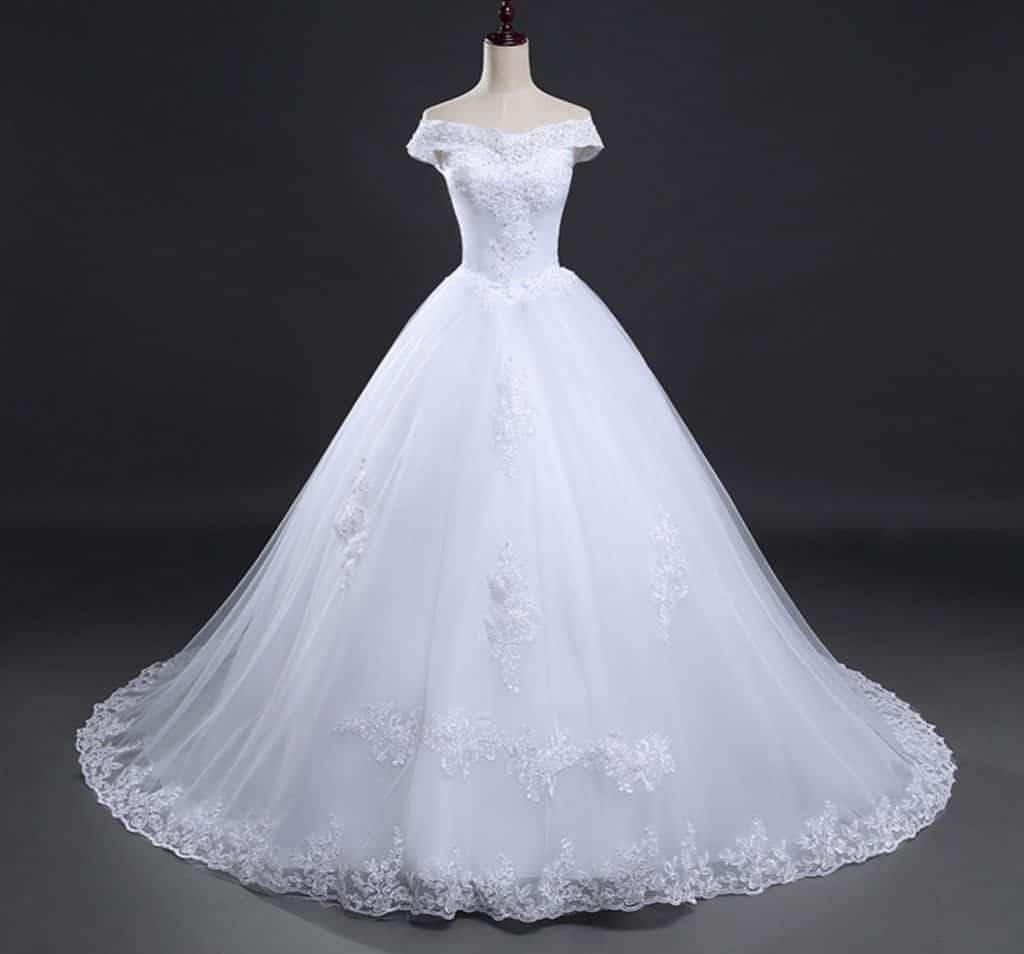 AliExpress Cheap Designer Wedding Dresses Bridal Gown Vintage Long Train 1